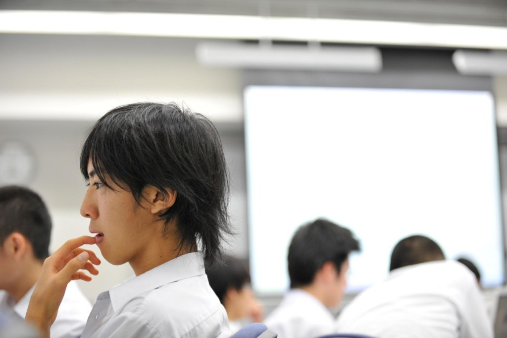 探究学習の授業におけるよりよい振り返りの方法。